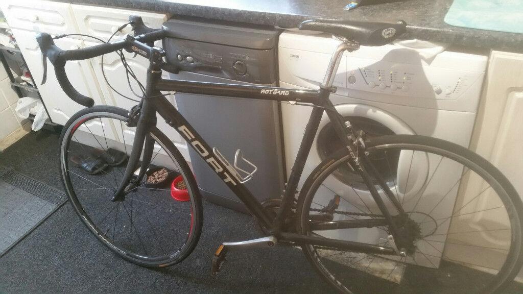 Fort mens racing bike