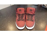 DC Spartan High trainers - size 8 - very good condition (see pics)