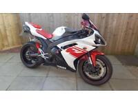 YAMAHA R1 - 09 - may px cheaper bike