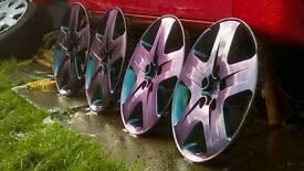 Ford Focus flip painted wheels trims