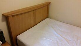Oak bed frame 4ft6 (double)