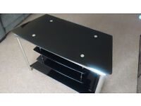 Glass / chrome TV stand excellent condition