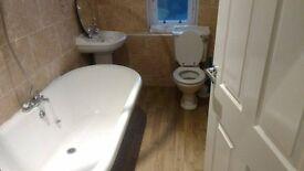 2 bed modernised flat, in Johnstone