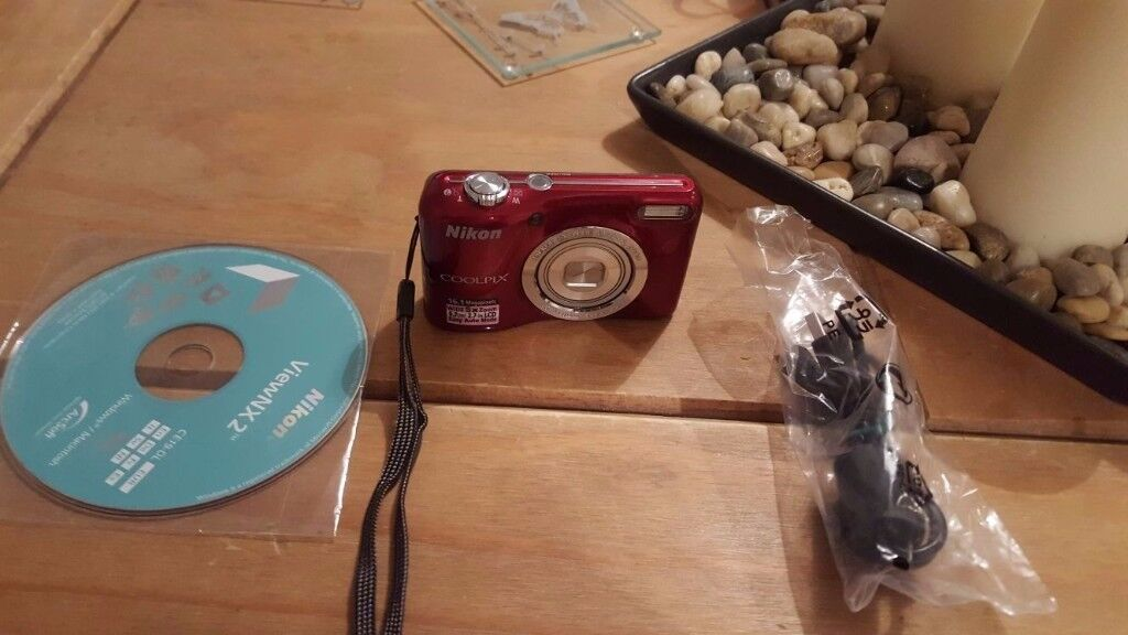 Nikon COOLPIX L27 Compact camera never used £40