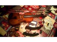 Stentor violin with accessories