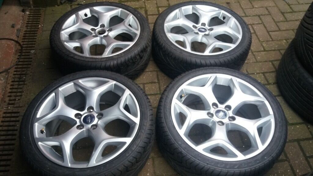 Genuine 18 Ford Focus St Alloy Wheels New 225 40 18 Tyres
