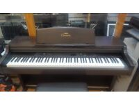 YAMAHA Clavinova CLP-840 DIGITAL PIANO 88 Keys With original New Yamaha Stool