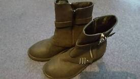 Size 5 black ankle boots