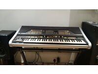 Hammond XE1 portable organ