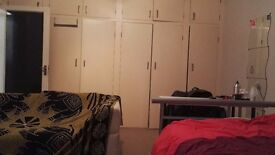 Massive double room in Seven Dials available now