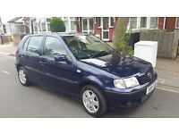 VW POLO driving very nicely