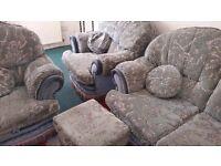 3 set Sofas for sale