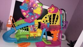 Polly pocket tree wall set