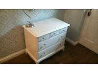 Gorgeous Solid Wood Chest of Drawers ***Excellent Condition*** Cost £380