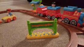 Happyland train set and extension track