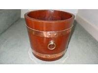 VINTAGE WOODEN SLAT COPPER BOUND PLANTER with 2 Brass Rings
