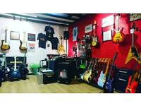 HOLYWOOD MUSIC (Used Guitars, Workshop & More)