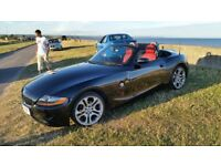 BMW Z4 roadster convertible 54k 2.0 se Bluetooth red leather 2006 A/C new roof 18in wheels spent 800