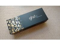 RRP £99 GHD IV PROFESSIONAL STRAIGHTENERS USED FEW TIMES CURLER HAIR STRAIGHTNERS WITH ORIGINAL BOX