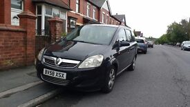 Vauxhall Zafira 1.9 diesel black (58 plate)