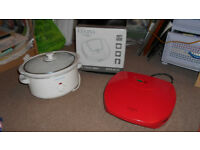 slow cooker & 2 portable grills
