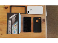 Iphone 4 - 32 Gig - Unlocked - comes with box and cases