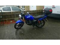 CC 125 motorbike