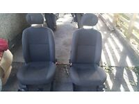 Ford focus mk1 driver and passenger seats grey