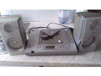 Matsui - CD PLAYER , RADIO AND SPEAKERS
