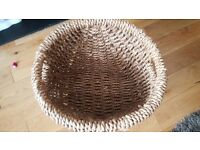 Round Wicker Basket Storage Hamper Perfect for Towels, Linen, Bags, Magazines, Etc.