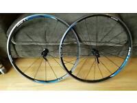 Shimano Rs11 set of road bike wheels