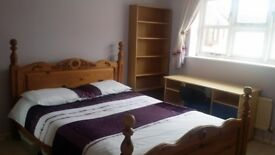 *** ALL BILLS INCLUDED *** PARKING *** CLOSE TO AMENITIES AND PUBLIC TRANSPORT ***