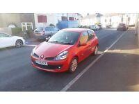Renault Clio 55 reg 3 door in red ,drives well ,px welocme