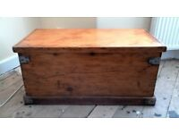 Antique Pine Bedding Box