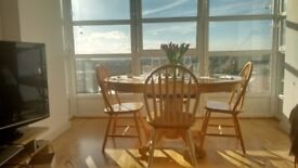 Shabby Chic Farmhouse Extendable Dining Table & 8 Chairs