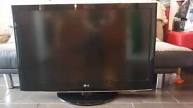 LG 42LH3000 42 inch Full HD LCD TV