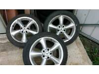 Only 3 alloys Mercedes 17 inch alloys 2002 came of