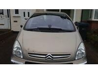 Citroen Xsara Picasso - good condition - ideal first family car