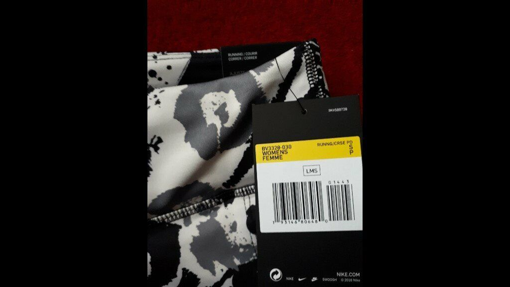 Nike Women S Fast Graphic 7 8 Printed Running Leggings Size Small