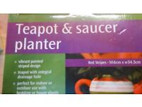 House plant or patio Planter pot in design of teapot and saucer