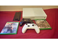 Xbox one S 500gb, Two pads, Battlefield 1, COD Advanced Warfare, Vertical stand, PICK UP ONLY.