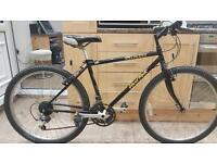 "Specialized hardrock hybrid bike. 17"" frame. 26"" wheels, Fully working bike"