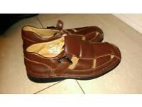 Mens brown sandles