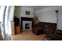 4 Bedroom Semi-Detached House to rent Beckingham Road