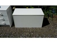 White Bed Box / ottoman - DELIVERY AVAILABLE