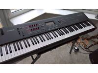 Yamaha MOX8 - 88 note weighted Keyboard Synth and workstation + Gig Bag