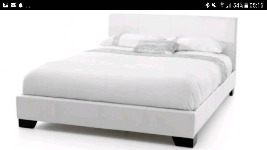 664f5612489 Birlea Brooklyn White 5ft Kingsize Faux Leather Bed Frame