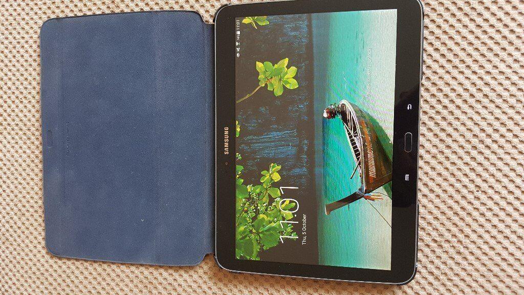 Samsung Galaxy Tab 3 GT-P5210 10.1 16GB Black & Accessories