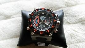 Sports Chronograph Gents Combination Analogue Illuminated LCD Watch