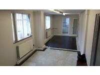 TO LET Large Office, Showroom, Workshop, Ground Floor in Greenford - Perivale Industrial Estate